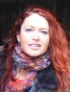 British woman author Roz Morris